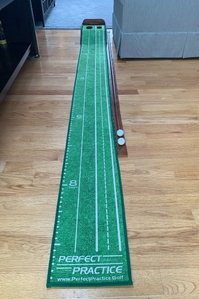 Prefect Practice Putting Mat At Home